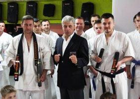 Nowe czarne pasy Karate Kyokushin dla skierniewiczan