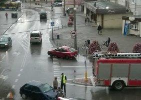 Wypadek na Mszczonowskiej z udziałem motocyklisty