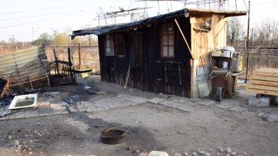 Policjanci ze Skierniewic uratowali z pożaru 7-osobową rodzinę